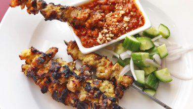 Photo of Recette de Satay de poulet à la thaïlandaise avec une sauce trempette aux arachides et au tamarin