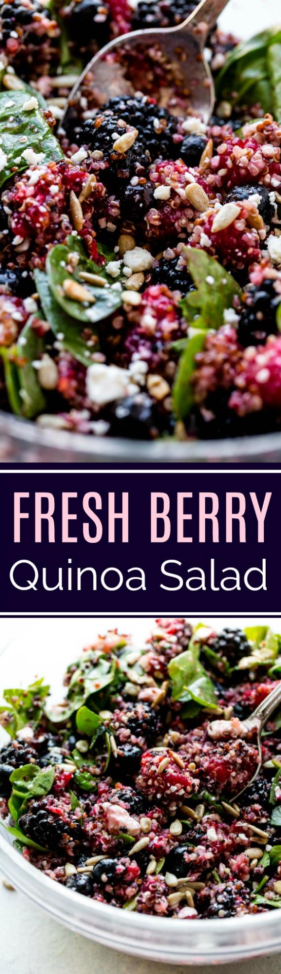 Des baies fraîches, du gorgonzola, des épinards, du basilic et une simple vinaigrette au miel et au citron font que cette salade de quinoa saine est à l'honneur! Recette sur sallysbakingaddiction.com