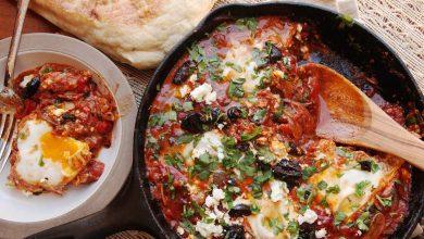 Photo of Recette de Shakshuka (œufs pochés de style nord-africain dans une sauce tomate épicée)