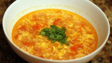 Photo of Dîner ce soir: recette de soupe aux tomates et aux œufs