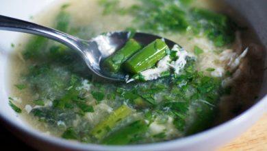 Photo of Dîner ce soir: recette de soupe de crabe aux asperges (Sup Mang Tay Cua)
