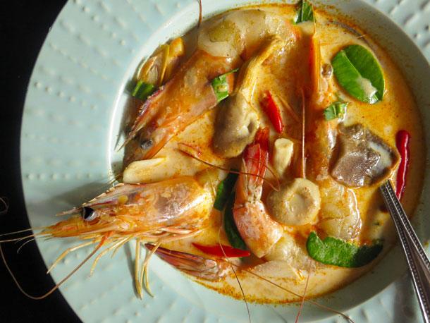 Photo of Recette crémeuse de Tom Yam Kung (soupe aigre-douce thaï aux crevettes)