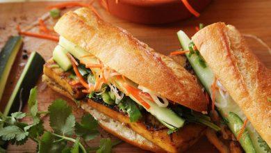 Photo of Recette de Sandwichs vietnamiens grillés au tofu mariné à la citronnelle et à la coriandre (Banh Mi végétalien)