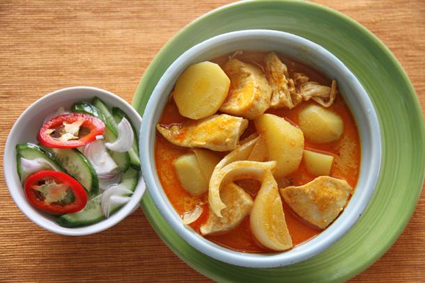 Photo of Poulet Curry jaune (Kaeng Kari Kai) Recette