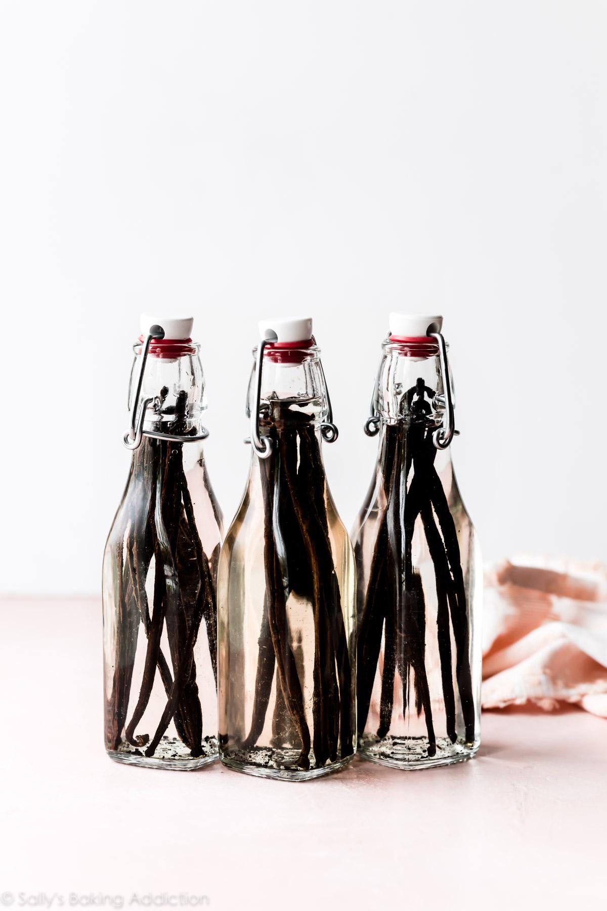 3 bouteilles d'extrait de vanille maison