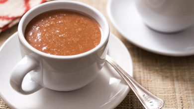 Photo of Champurrado (chocolat chaud mexicain et boisson au maïs)