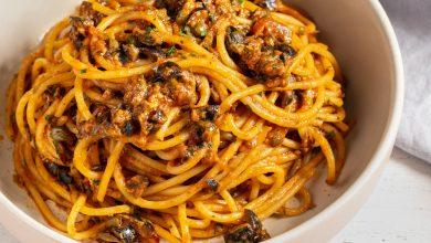 Photo of Spaghetti Puttanesca (Spaghetti aux câpres, olives et anchois)