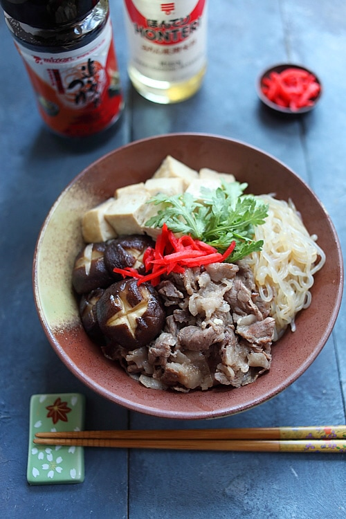 Recette de bol de riz donburi japonais sukiyaki facile et rapide.