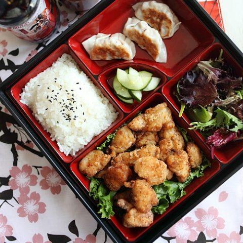 Bento japonais au poulet frit