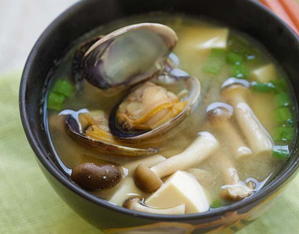 Photo of Soupe miso asari (soupe miso aux palourdes)