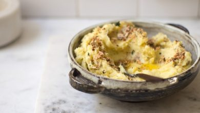 Photo of Purée de pommes de terre crémeuse et parfaite avec beurre à l'ail