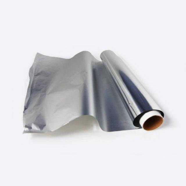 L'image peut contenir de l'aluminium et du papier d'aluminium
